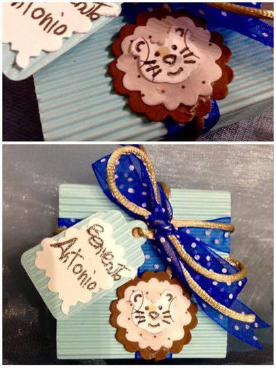 Bomboniera nascita/ battesimo/ compleanno con leone, doppio fiocco e tag personalizzato