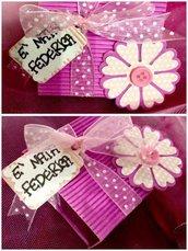 Bomboniera nascita/ battesimo/ compleanno con fiore, fiocco e tag personalizzato