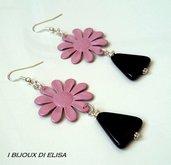 Orecchini con fiore rosa e onice