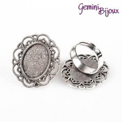 Base anello vintage argentato ovale, per cabochon 13x18 mm.
