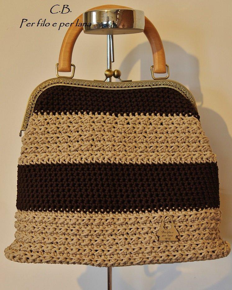 Borsa in cordino a uncinetto donna borse di per filo e per lana su misshobby for Schemi borse uncinetto