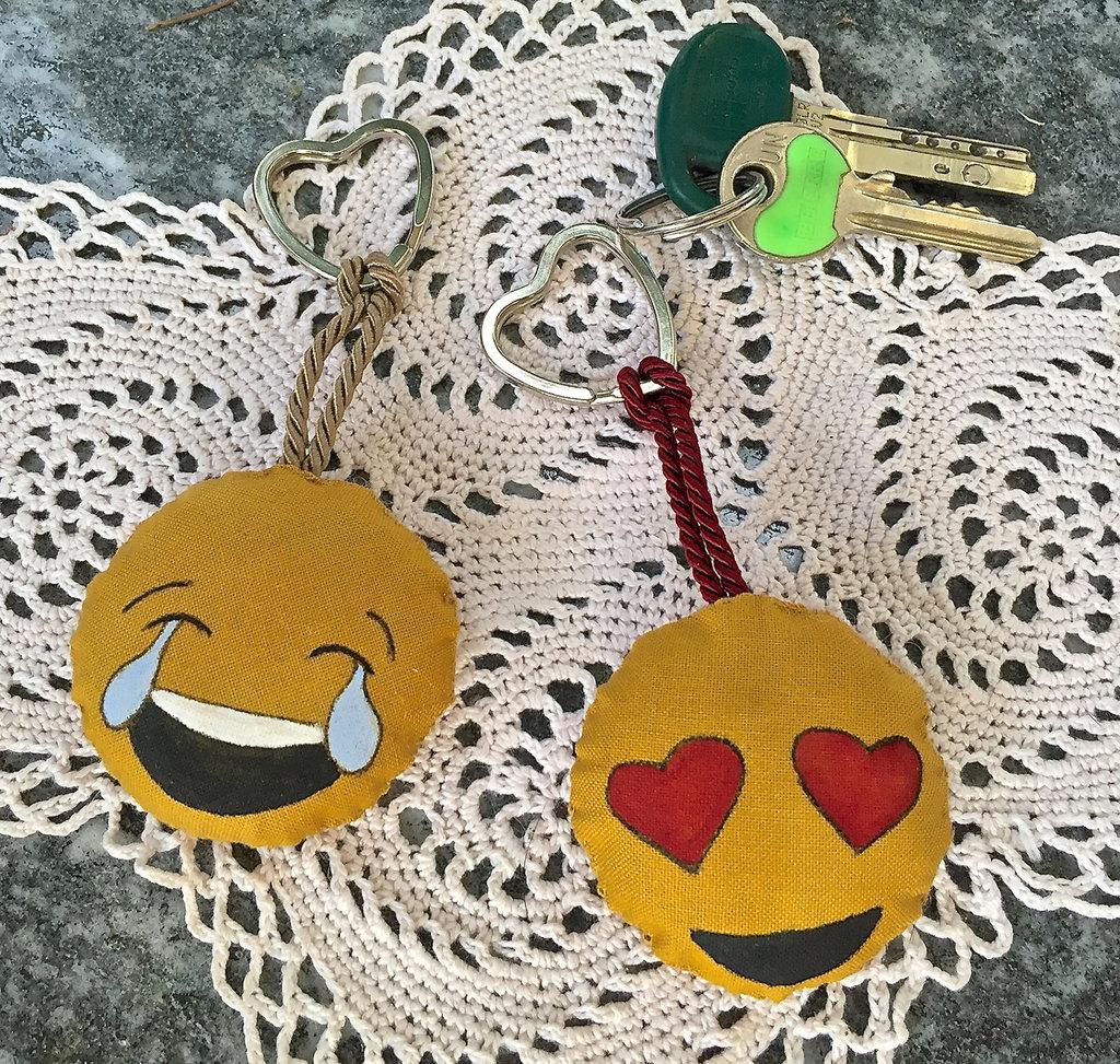 Portachiavi in stoffa SMILE /faccina