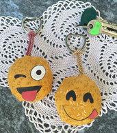 Portachiavi in stoffa SMILE /faccina giallo