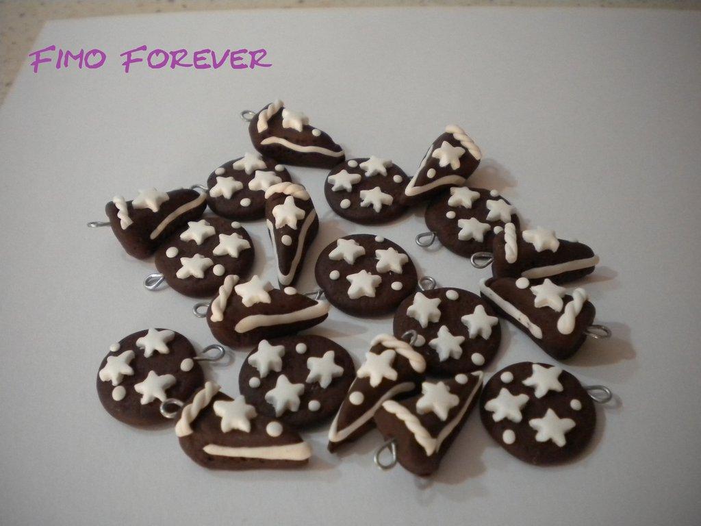 lotto 10 ciondoli fimo biscotti e fetta torta pan di stelle handmade