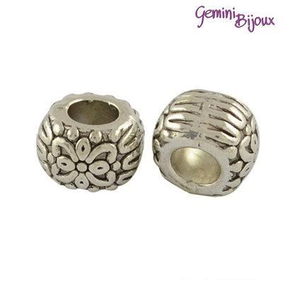 Perla tibetana in alluminio argentata a foro largo, mm 10x7. LH33