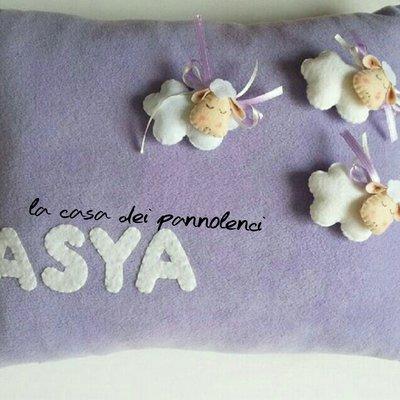Cuscino pannolenci pecorelle con nome
