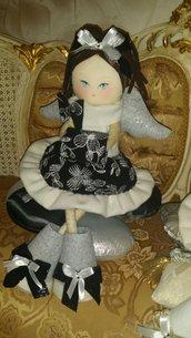 Bambola ad angelo argentea
