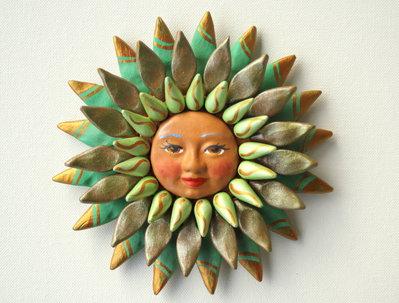 Sole da appendere a parete in terracotta dipinto a mano / Bomboniera (5)