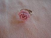 Anello con rosellina lilla