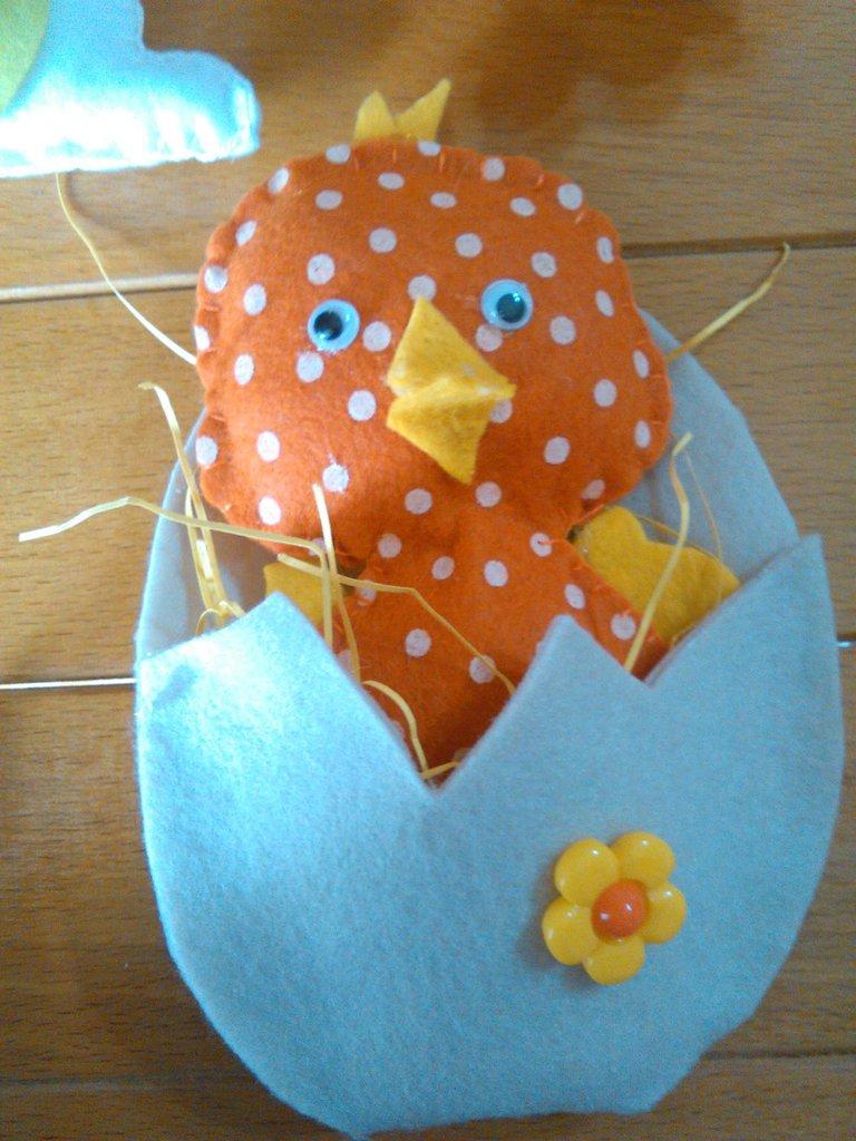 gallina, pulcino e coniglietto per Pasqua
