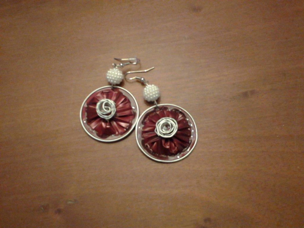 orecchini con cialde e perline