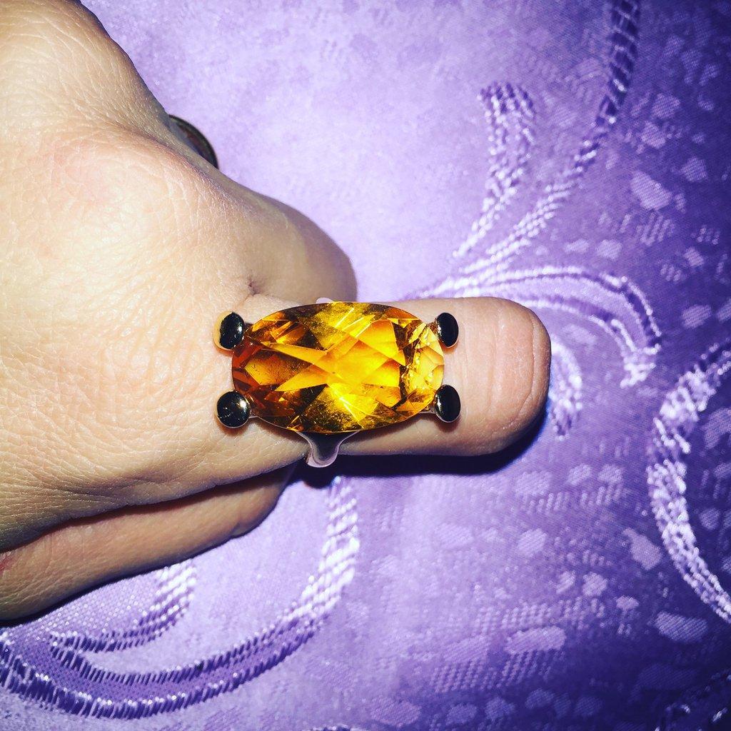Anello laccato oro