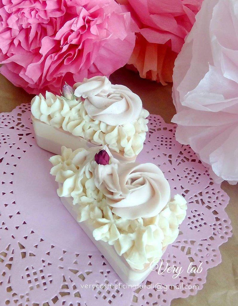 Fette di sapone a forma di torta