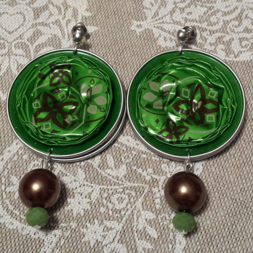 Orecchini cialde caffè verdi con fiori marroni