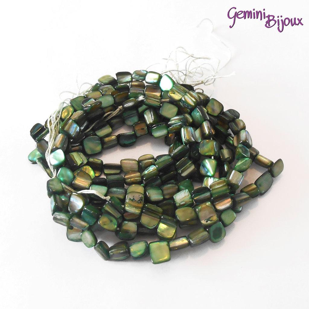 Fila 40 cm. pietre di madreperla, verde