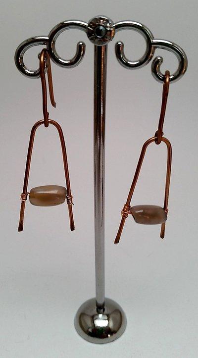 Orecchini pendenti in rame battuto