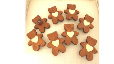 INSERZIONE RISERVATA PER VALENTINA - orsetti in legno con cuore - no fimo