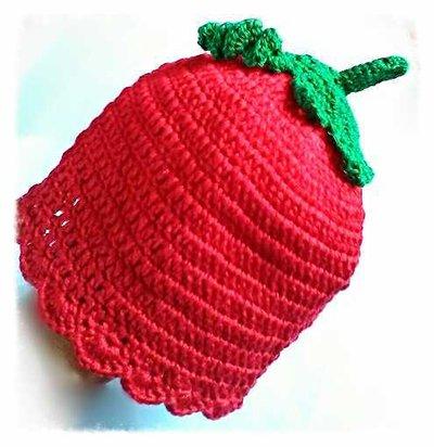Cappellino berretta ad uncinetto in forma di fragola, in cotone rosso e verde -Modello strawberry