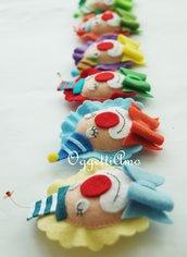 Set di 10 diversi clown: allegre calamite in feltro interamente fatte a mano come idea regalo per la vostra festa a tema circo