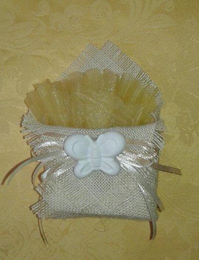 Bomboniera bustina origami di juta con gessetto profumato per nascita, battesimo, comunione, cresima