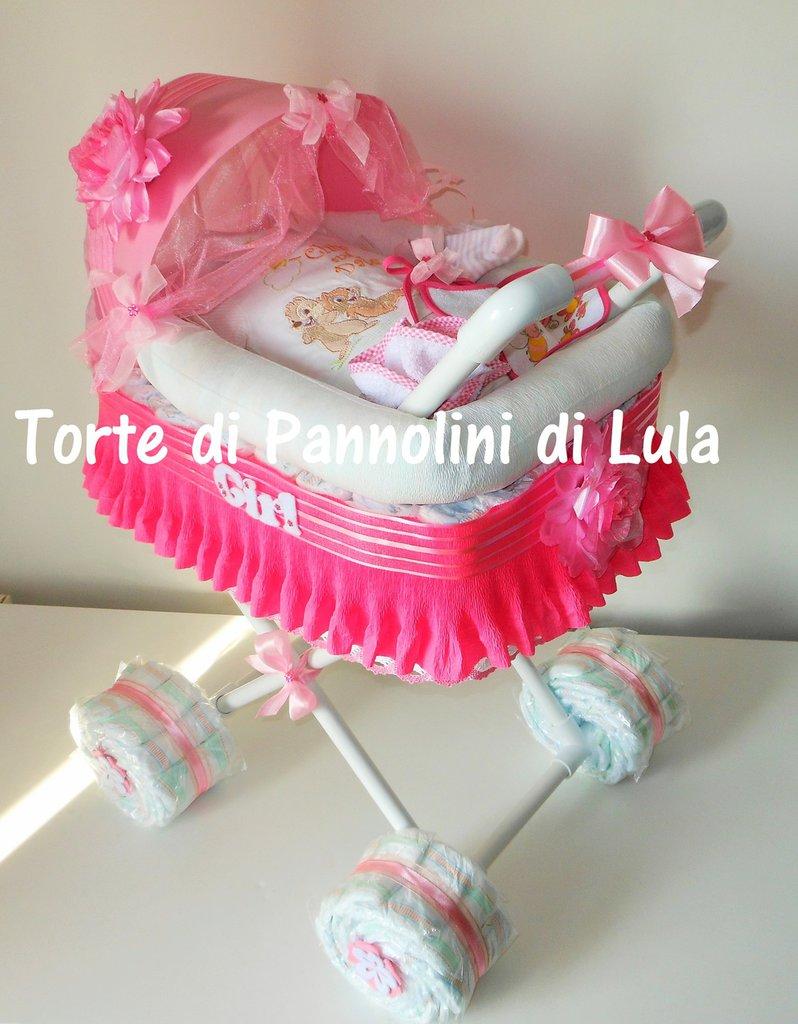 Torta di Pannolini Pampers Carrozzina- idea regalo, originale ed utile, per nascite, battesimi e compleanni