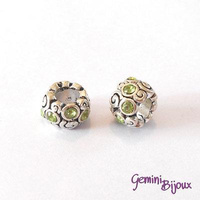 Perla vintage a foro largo in alluminio, 11x8, con strass verdi
