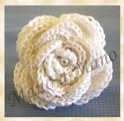Anello fiorelloso - bianco