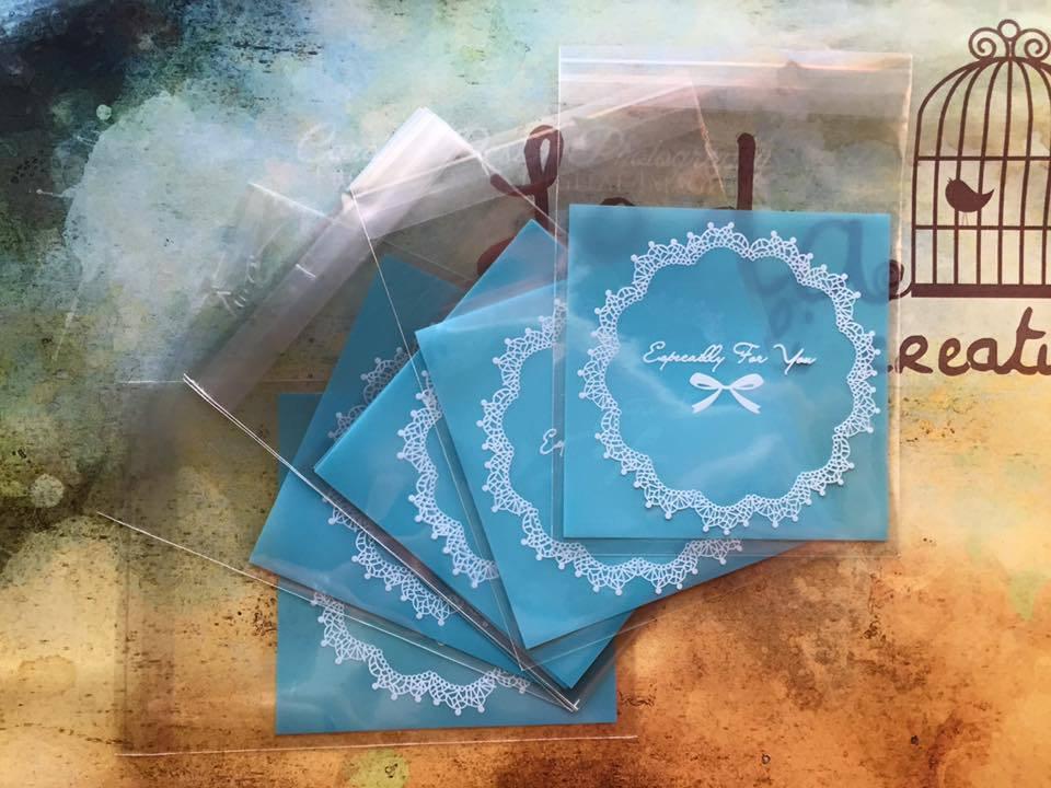 15 Bustine azzurre per confezionamento