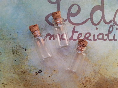 4 Bottigliette in vetro 23x13mm