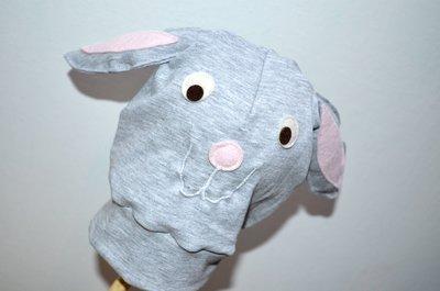 Berrettino in jersey con coniglio