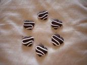 lotto 10 ciondoli in fimo cuore al cioccolato con glassa alla panna handmade charms x orecchini e bracciali