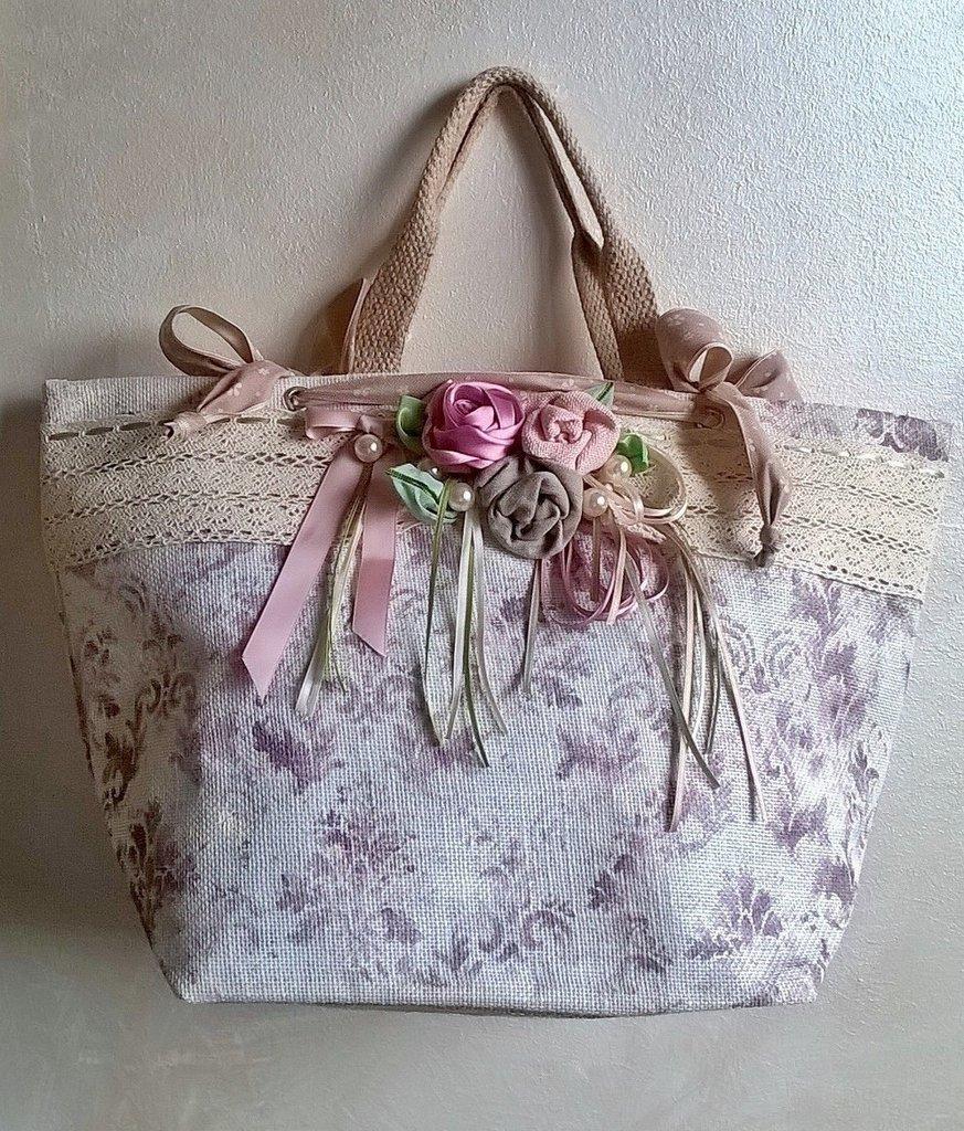 La borsa con le rose