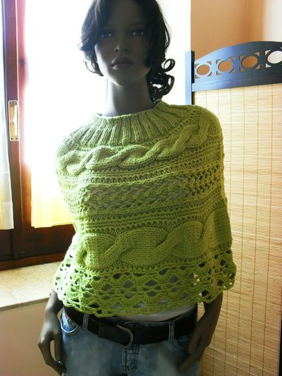 Apple-Green- alpaca-merino- poncho