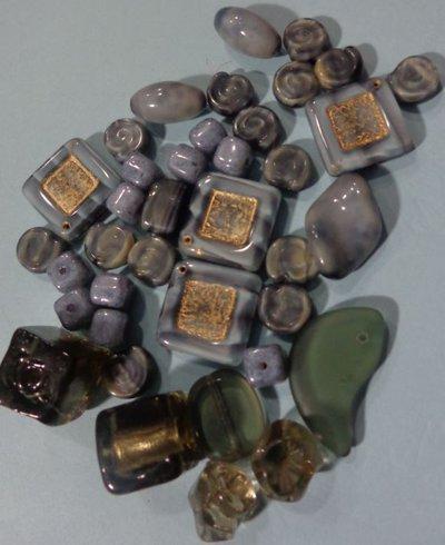 50% DI SCONTO - 38 Perline Vetro Grigio