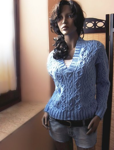 Handknit V - Neck - Aran Sweater in Blue - Cornflower - Size M/L