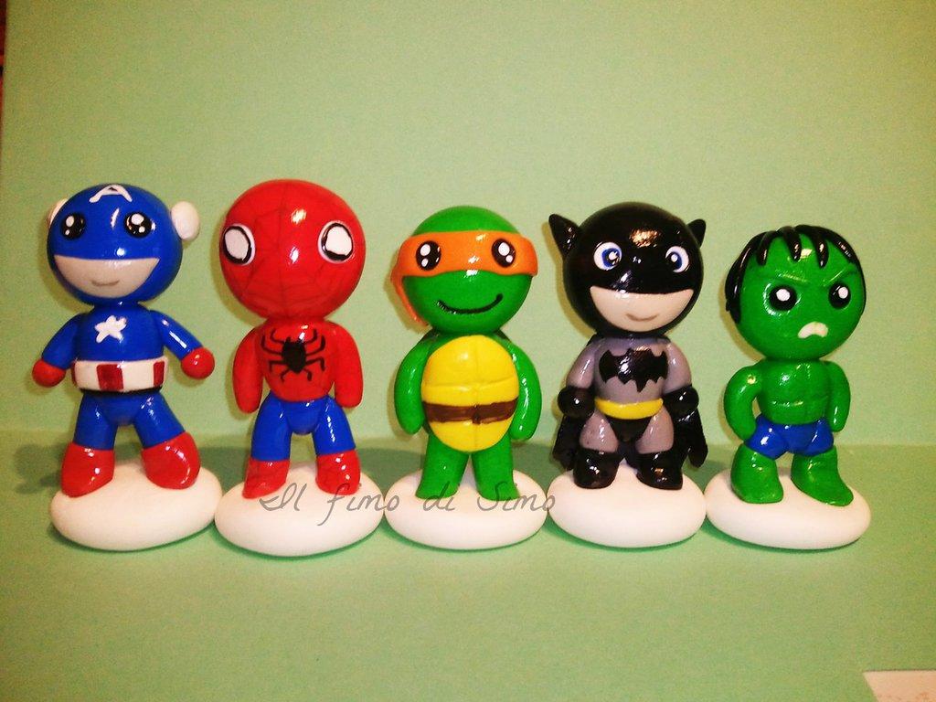 statuine supereroi in fimo