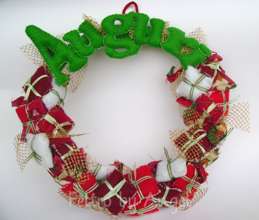 Regali Di Natale In Pannolenci.Guirlanda Natalizia Regali Di Natale Feste Natale Di Feltro