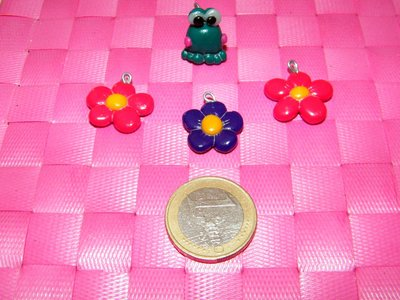 "Charms ""flower"""