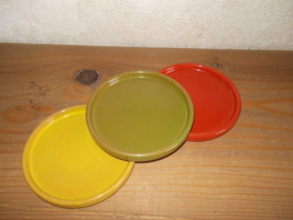 sottobotiglia in ceramica