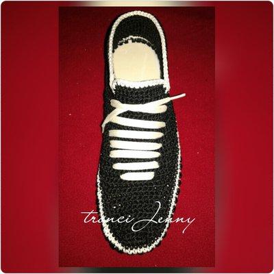 scarpe uomo, scarpe sportive,scarpe eleganti,scarpe ad uncinetto,scarpe artigianali