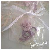 segnaposto prima comunione, cresima, confetti decorati, iniziale con rosa