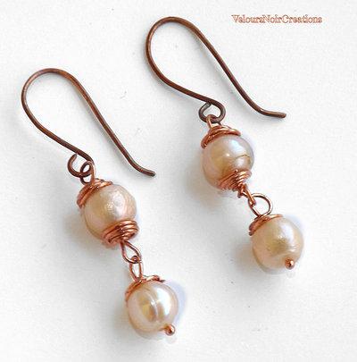 Orecchini in rame e  perle naturali