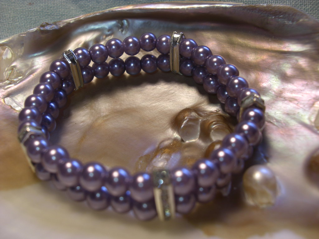 Bracciale elastico perle viola