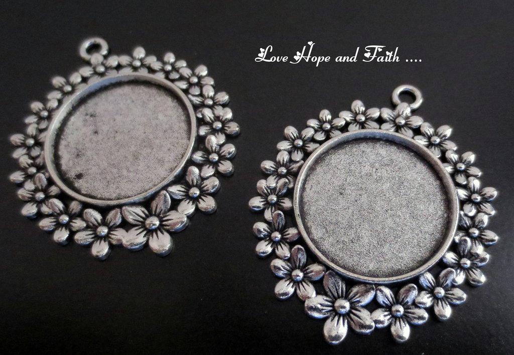 NOVITA'! Base cabochon color argento (acod.A5-03)