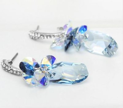 Orecchini con cristalli e strass nei colori trasparnti e blu idea regalo per lei