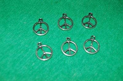 n. 6 charm ciondoli per bracciali collane orecchini simbolo pace portafortuna argento tibetano