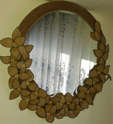 Specchio con fiori