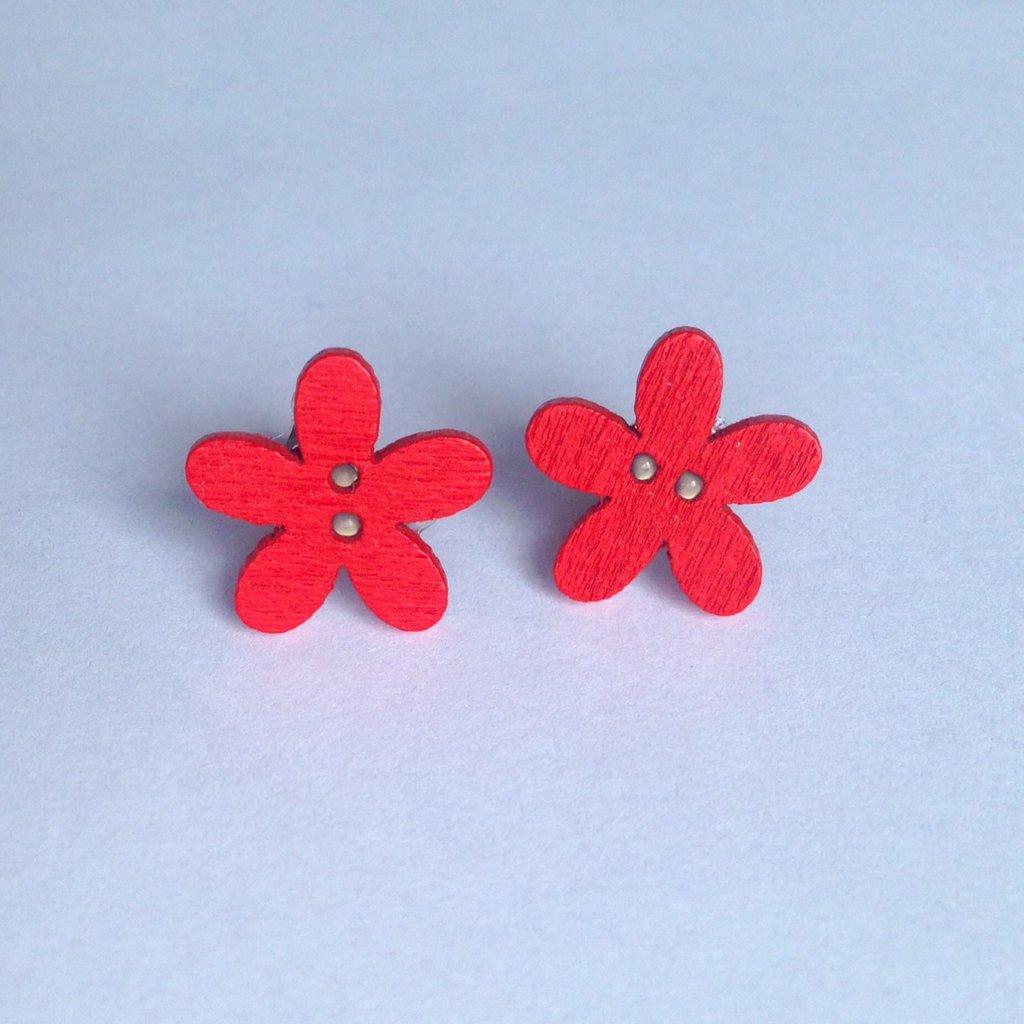 Orecchini con bottoncini a fiorellino in legno rossi