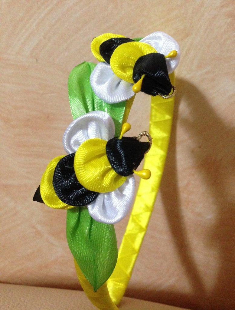 Cerchietto primavera con api