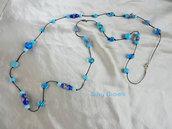 Collana con perline azzurre